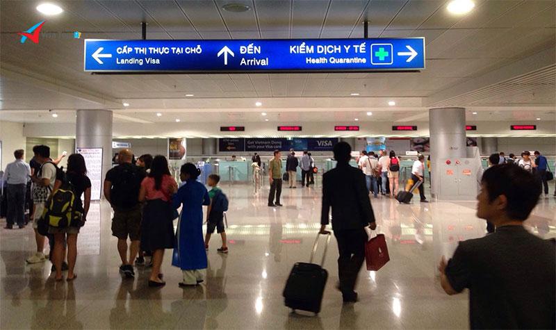 Dán visa tại sân bay nhập cảnh